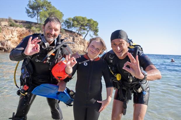 Brad Robertson, Ondine Escape, Vicki McLeod, Family Matters Mallorca