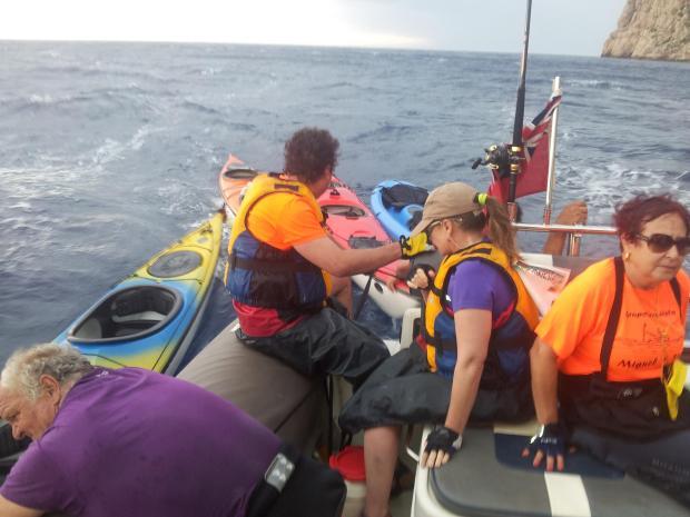 Vicki McLeod, Dragonera canoe rescue