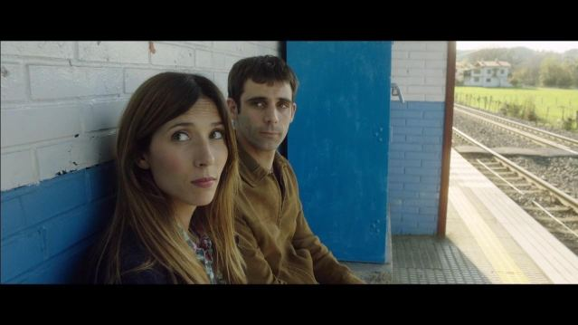 Pikadero, takes a humorous look at a problem facing many young Spanish couples