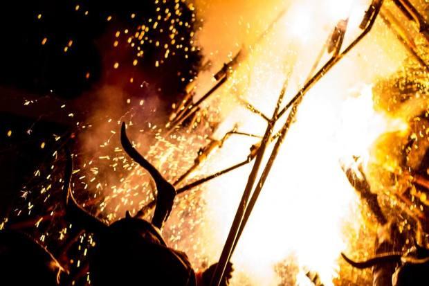Mallorca dimonis, Vicki McLeod, photographer, Oliver Neilson