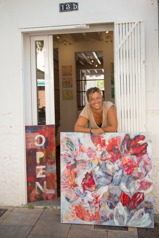 Artist Vivian Borsani outside of her studio